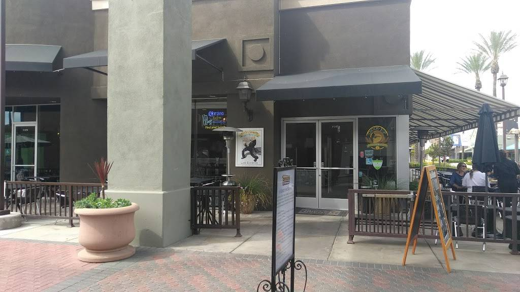 Pints & Quarts Gastropub | restaurant | 17600 Collier Ave Suite 147A, Lake Elsinore, CA 92530, USA | 9516740010 OR +1 951-674-0010