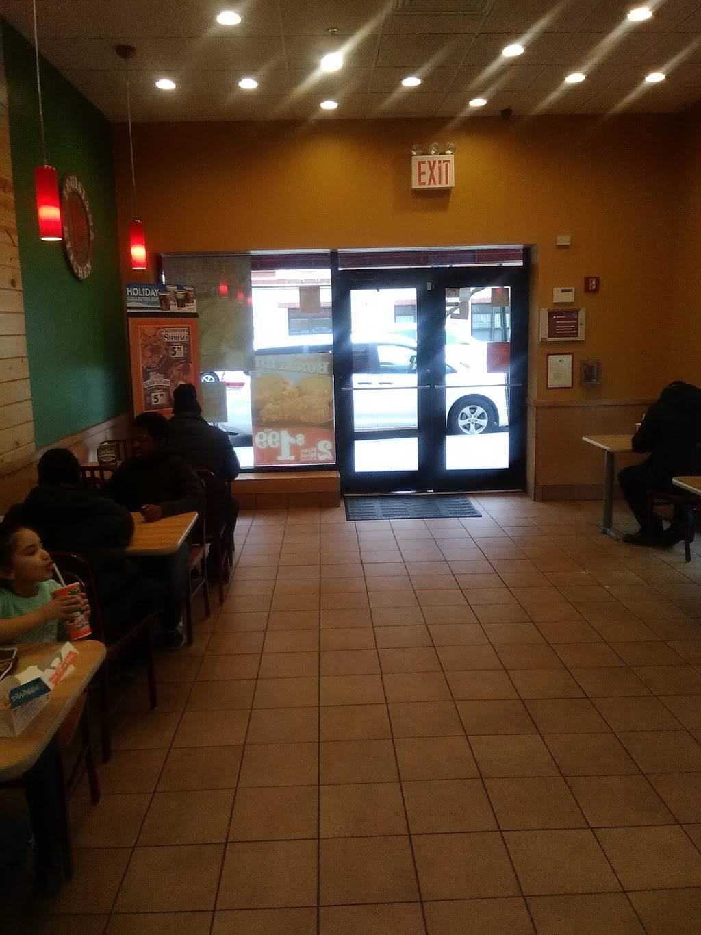Popeyes Louisiana Kitchen | restaurant | 949 E 174th St, Bronx, NY 10460, USA | 7185427147 OR +1 718-542-7147