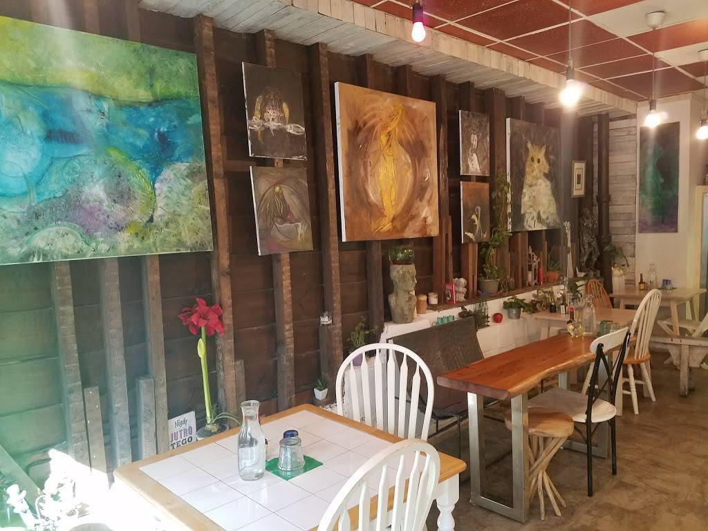 Polka Dot | restaurant | 726 Manhattan Ave, Brooklyn, NY 11222, USA | 7183492884 OR +1 718-349-2884