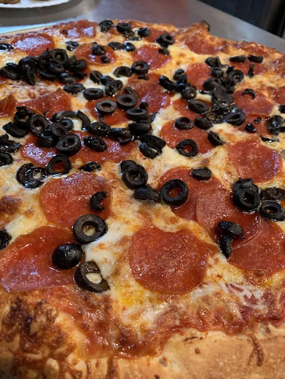 Pizza Factory Monterey | restaurant | 2339 N Fremont St, Monterey, CA 93940, USA | 8317471028 OR +1 831-747-1028