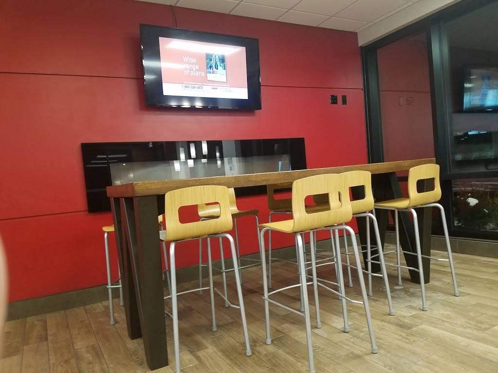 Wendys | restaurant | 1435 Bergen Blvd, Fort Lee, NJ 07024, USA | 2015851919 OR +1 201-585-1919