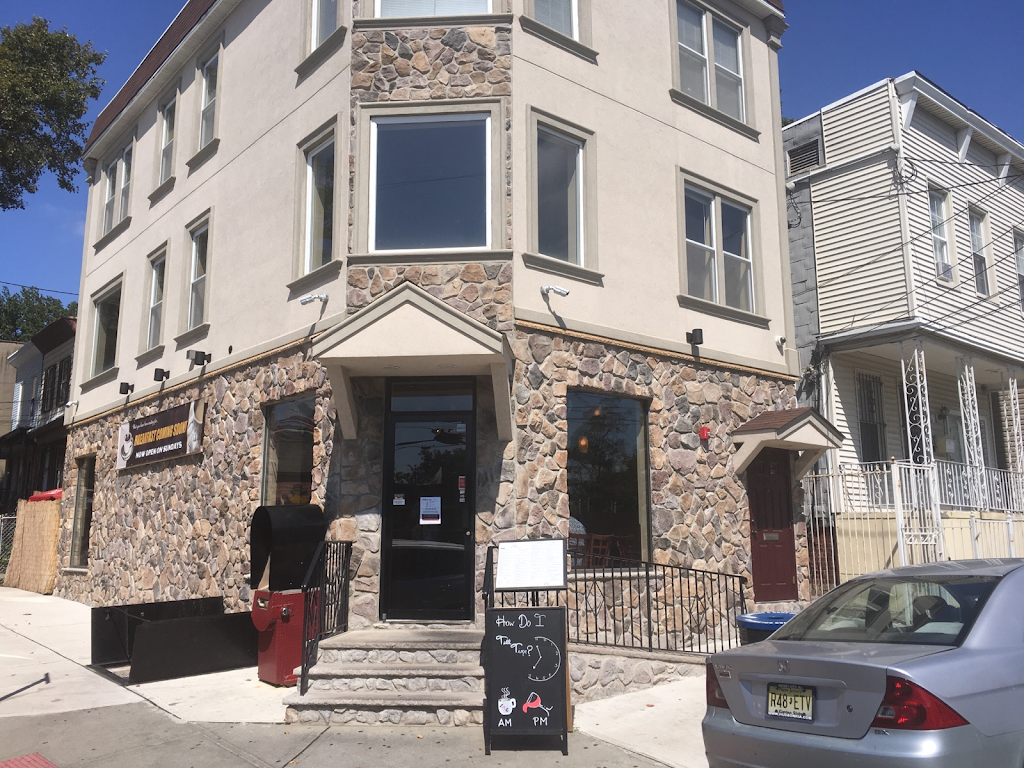 Light Rail Cafe   cafe   237 Randolph Ave, Jersey City, NJ 07304, USA   2014349900 OR +1 201-434-9900