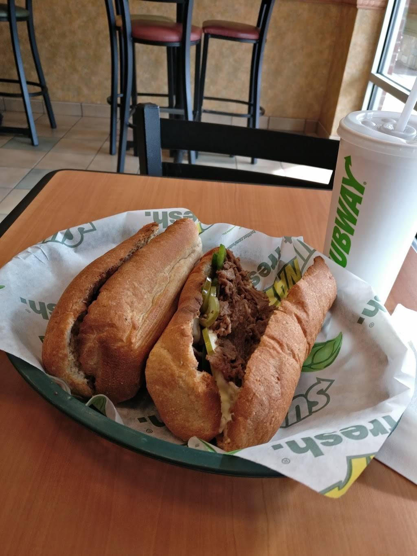Subway   restaurant   Pender Village Center, 3903 Fair Ridge Dr Unit J, Fairfax, VA 22033, USA   7035370401 OR +1 703-537-0401