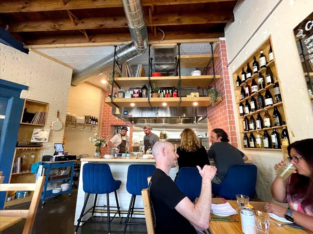 Cafe Mamo   restaurant   1601 Plainfield Ave NE, Grand Rapids, MI 49505, USA   6163503430 OR +1 616-350-3430