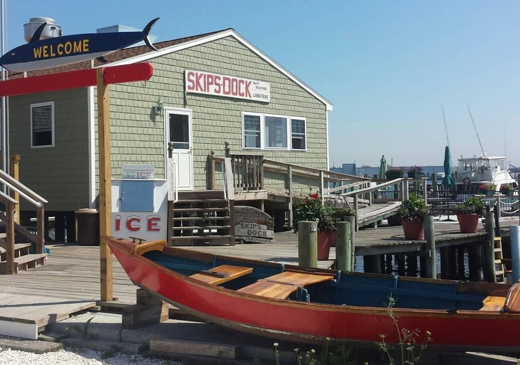 Skips Dock Seafood Market | restaurant | 1161 Succotash Rd, Narragansett, RI 02879, USA | 4017835031 OR +1 401-783-5031