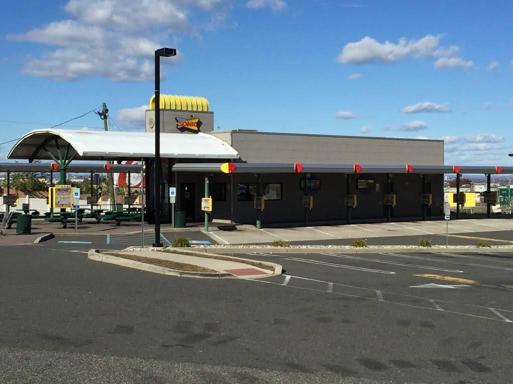 Sonic Drive-In | restaurant | 2819 John F. Kennedy Blvd, North Bergen, NJ 07047, USA | 2017664595 OR +1 201-766-4595