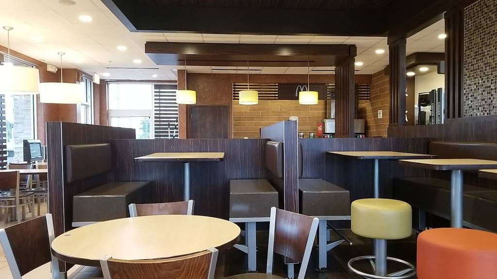 McDonalds   cafe   6890 Cypress Gardens Blvd, Winter Haven, FL 33884, USA   8633247744 OR +1 863-324-7744