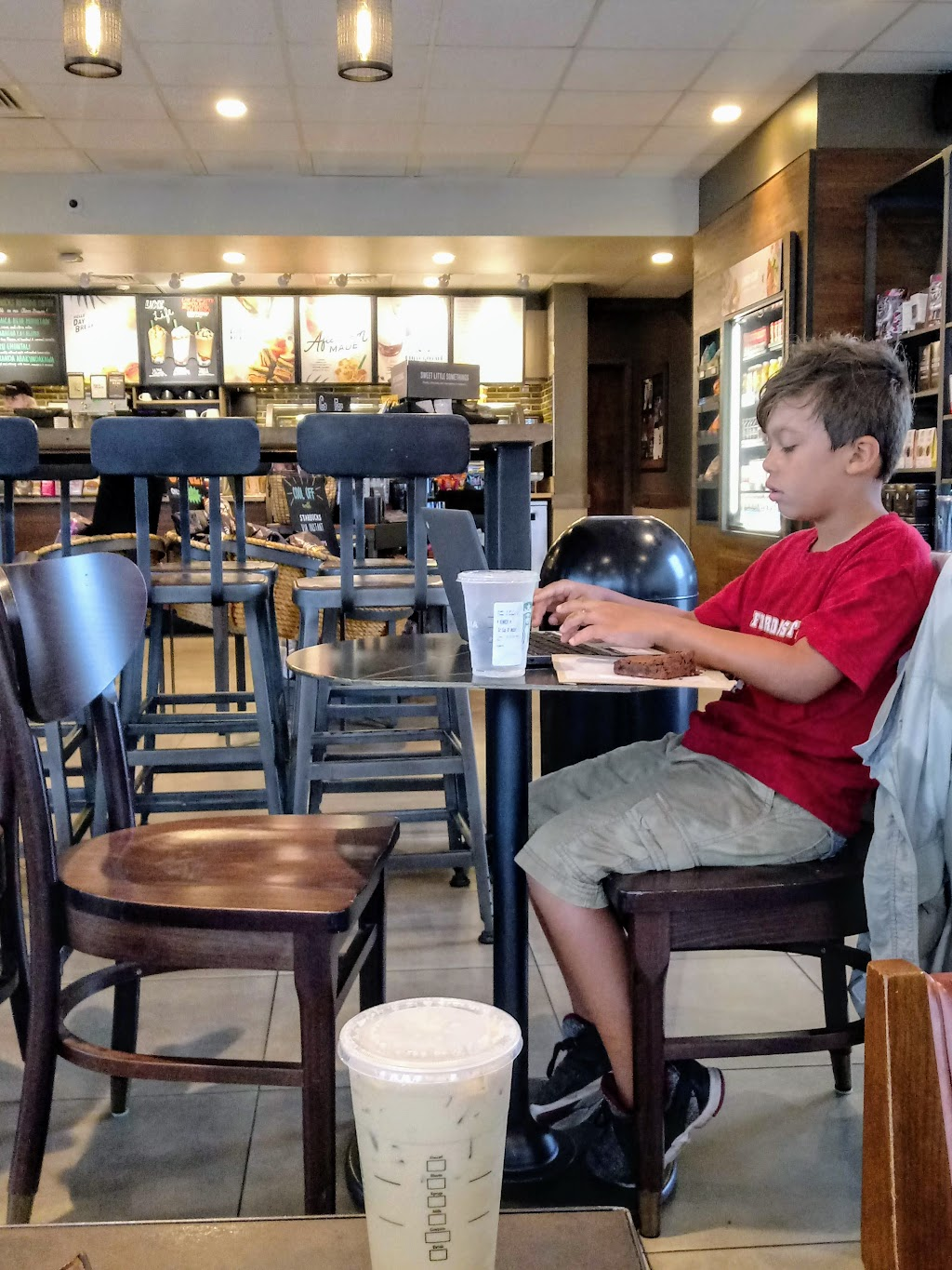 Starbucks   cafe   608 W Tennessee St, Tallahassee, FL 32304, USA   8502220014 OR +1 850-222-0014