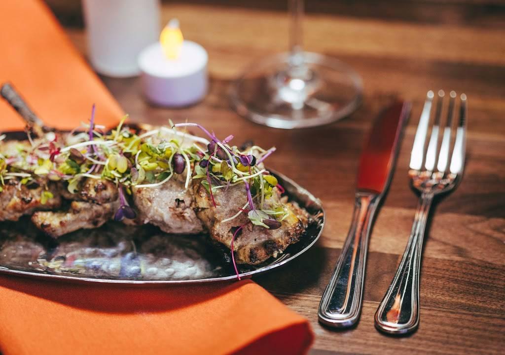 Old Monk | restaurant | 175 Avenue B, New York, NY 10009, USA