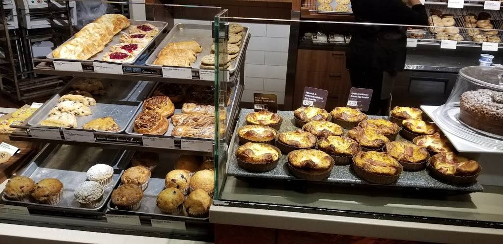 Panera Bread | cafe | 1101 S Canal St, Chicago, IL 60607, USA | 3127861761 OR +1 312-786-1761