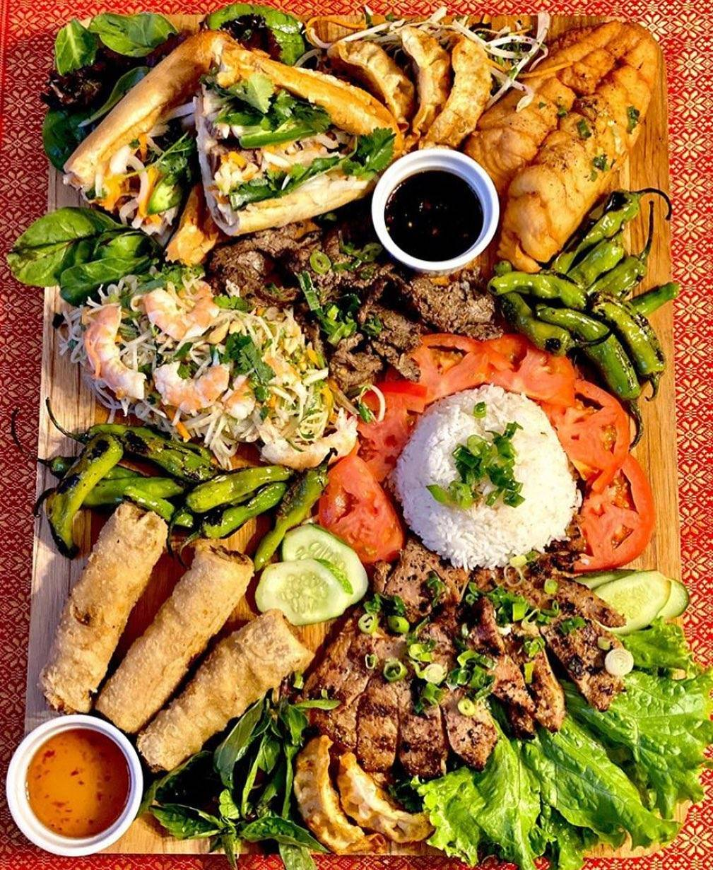 Saigon Outcast | restaurant | 44921 George Washington Blvd #155, Ashburn, VA 20147, USA | 7032586562 OR +1 703-258-6562