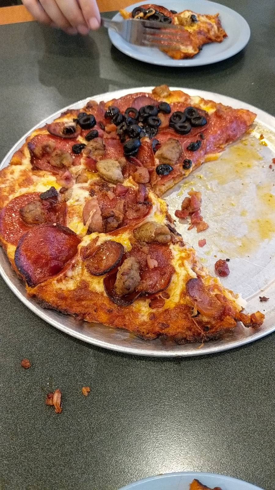 Round Table Pizza Meal Delivery 302 E Walker St Orland Ca 95963 Usa