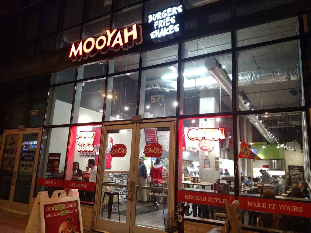 MOOYAH Burgers, Fries & Shakes | restaurant | 571 State St, Madison, WI 53703, USA | 6082859293 OR +1 608-285-9293
