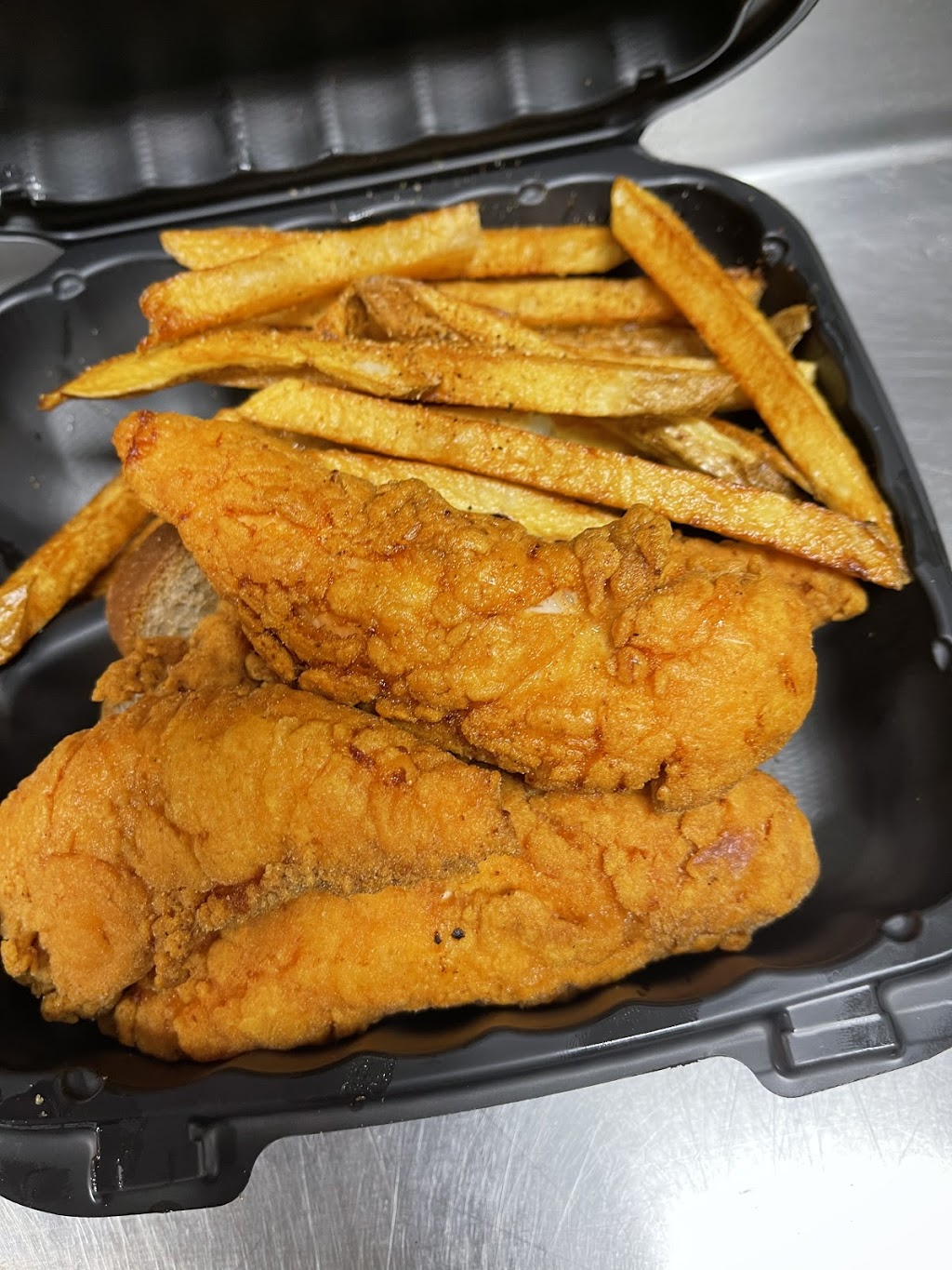 Authentic Cooking Soul Food Kitchen | restaurant | 306 E 75th St Suite B, Chicago, IL 60619, USA | 7733666357 OR +1 773-366-6357