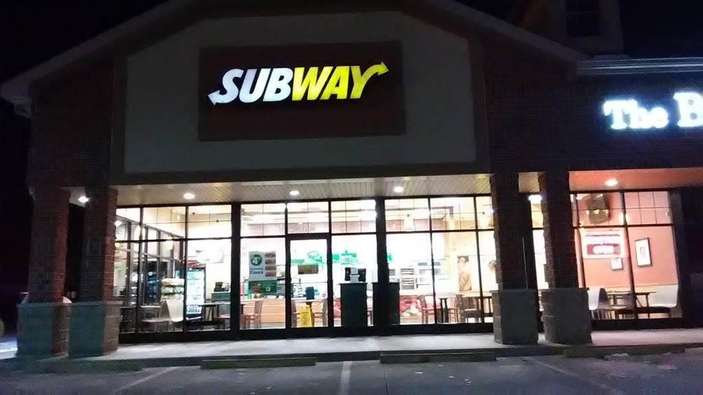 Subway | restaurant | 1100 Lake Land Blvd, Mattoon, IL 61938, USA | 2172587827 OR +1 217-258-7827