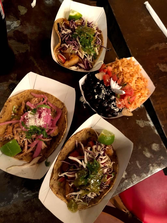 Oaxaca Taqueria | restaurant | 130 Grand St, Brooklyn, NY 11211, USA | 7183888804 OR +1 718-388-8804