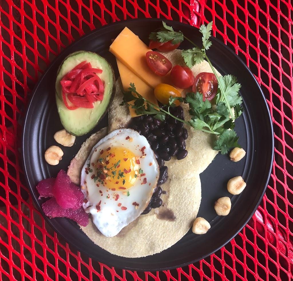Anns Book Bistro | restaurant | 17 Back Meadow Rd, Damariscotta, ME 04543, USA | 2076820135 OR +1 207-682-0135