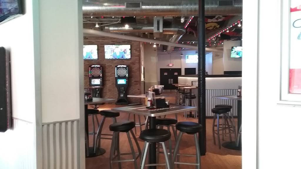 The Double U | restaurant | 620 University Ave, Madison, WI 53715, USA | 6086160758 OR +1 608-616-0758