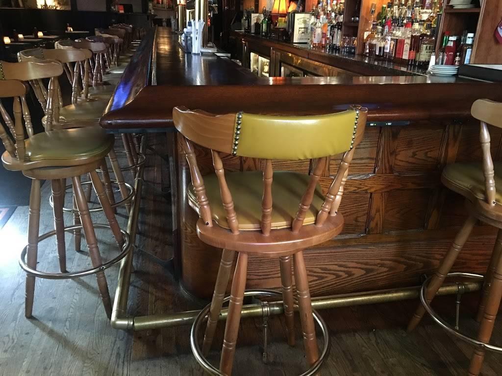 Donovans Pub | restaurant | 57-24 Roosevelt Ave, Woodside, NY 11377, USA | 7184299339 OR +1 718-429-9339