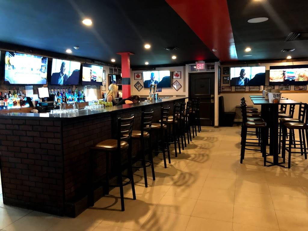 Wing House   restaurant   1730 Vincent Massey Dr, Cornwall, ON K6H 5R6, Canada   6139355554 OR +1 613-935-5554