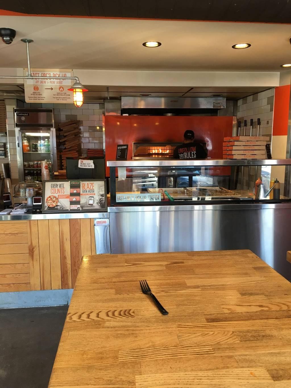 Blaze Pizza | meal takeaway | 1737 Sherman Ave, Evanston, IL 60201, USA | 8472649263 OR +1 847-264-9263