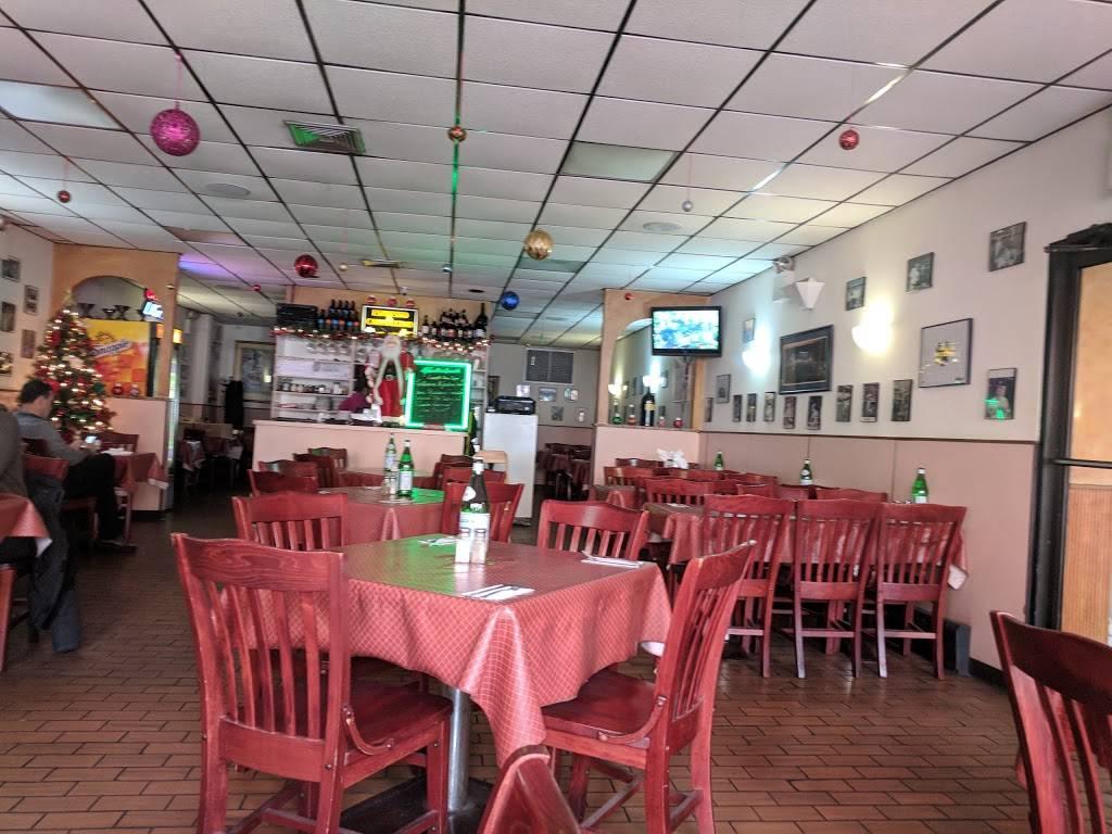 Yolandas | restaurant | 292 E 149th St, Bronx, NY 10451, USA | 7189932709 OR +1 718-993-2709