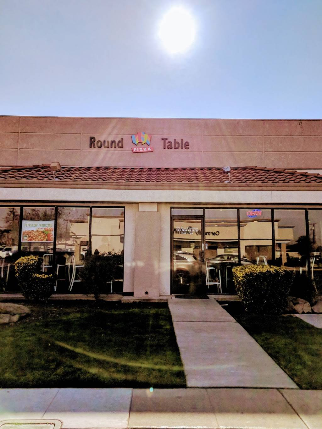 Round Table Madera.Round Table Pizza Meal Delivery 1930 Howard Rd 101 Madera Ca