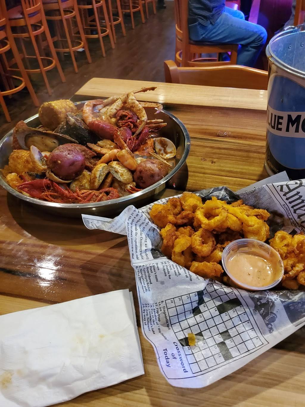 Crab Fever   restaurant   6081 Bayfield Pkwy, Concord, NC 28027, USA   7047879003 OR +1 704-787-9003