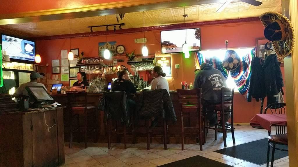 El Aguila Dorada | restaurant | 830 Broadway, Bayonne, NJ 07002, USA | 2018580033 OR +1 201-858-0033