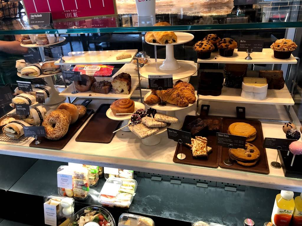 Starbucks | cafe | 300 Route 18, North Dr, East Brunswick, NJ 08816, USA | 7324324809 OR +1 732-432-4809
