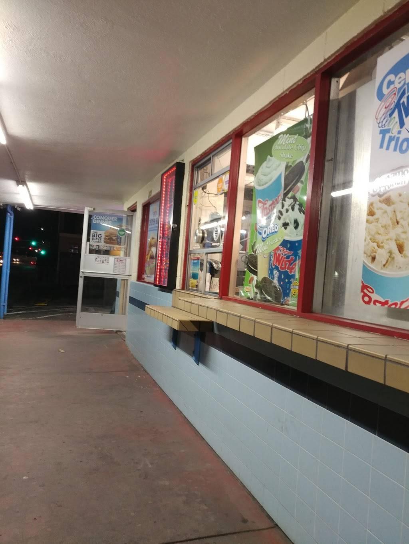 Fosters Freeze   restaurant   229 Laurel St, Santa Cruz, CA 95062, USA   8314262311 OR +1 831-426-2311