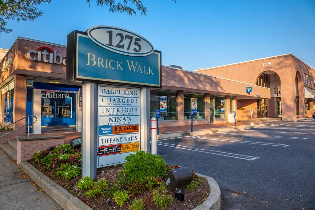 Brick Walk | shopping mall | 1125-1175, Post Rd, Fairfield, CT 06825, USA | 2036355560 OR +1 203-635-5560
