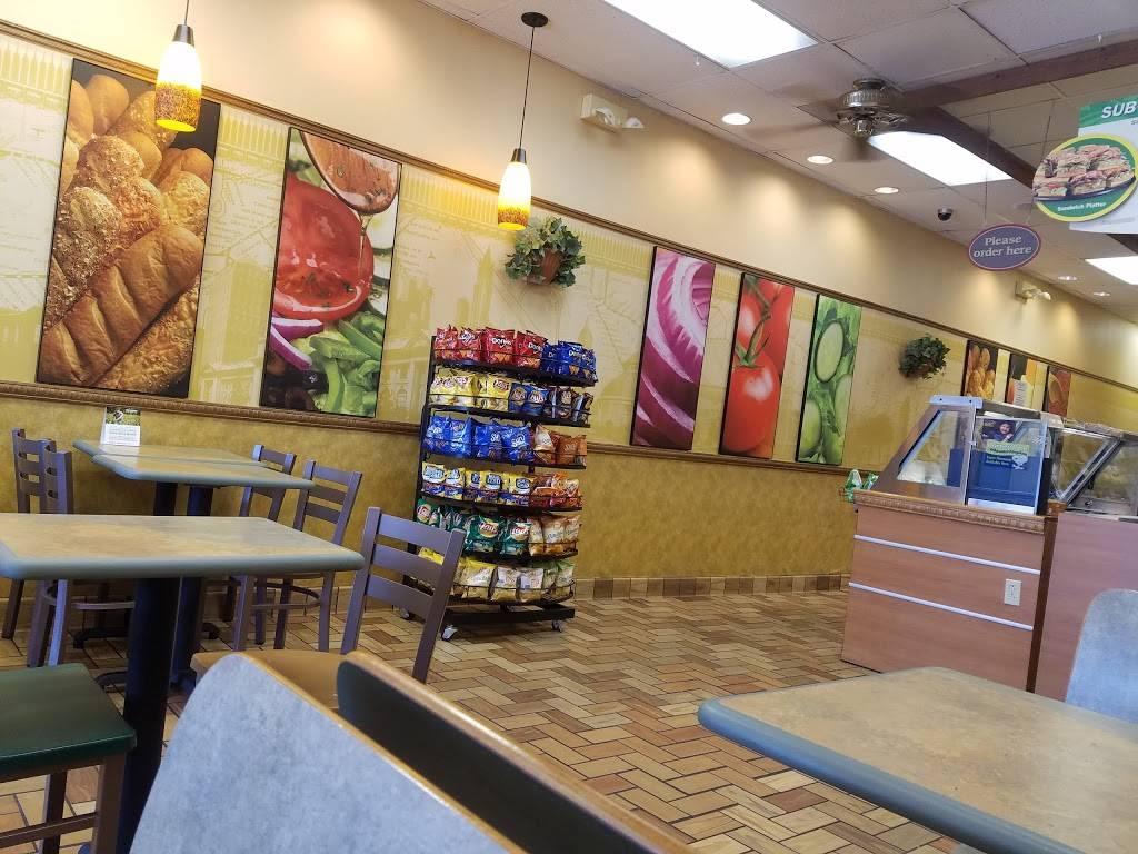 Subway Restaurants | restaurant | 466 S Lehigh Ave, Frackville, PA 17931, USA | 5708740704 OR +1 570-874-0704