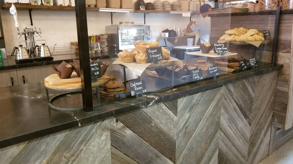 QWNS Cafe   restaurant   22-35 31st St, Long Island City, NY 11105, USA   7185719130 OR +1 718-571-9130