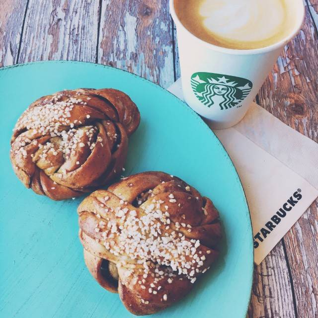 Starbucks | cafe | 232 W College Ave, State College, PA 16801, USA | 8142354812 OR +1 814-235-4812