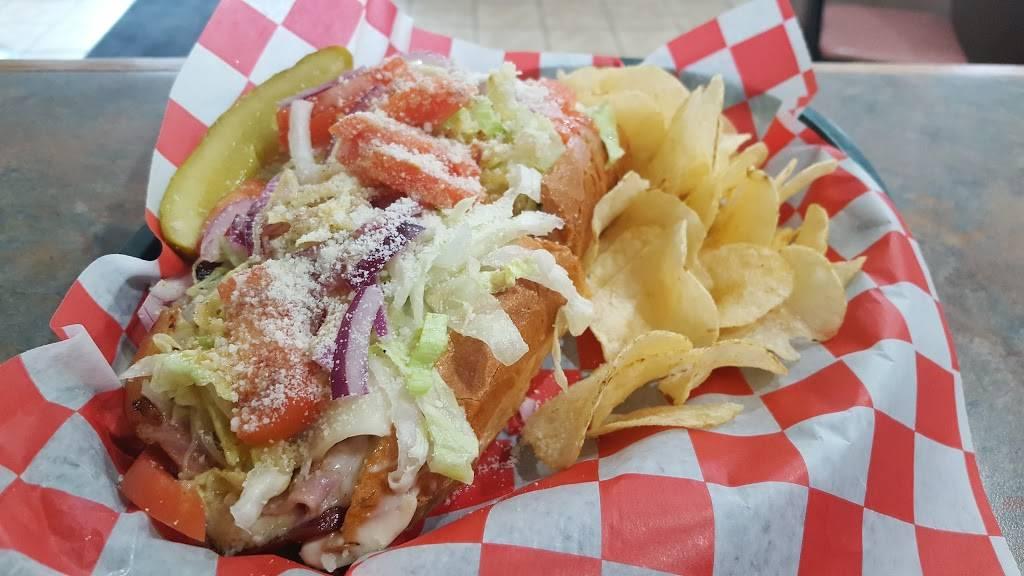 New York Flying Pizza | restaurant | 2221 N Augusta St, Staunton, VA 24401, USA | 5405692483 OR +1 540-569-2483