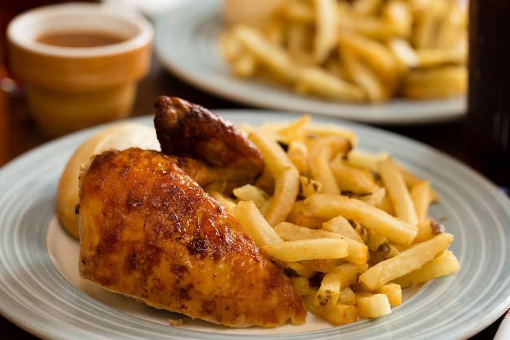 Swiss Chalet | restaurant | 1011 Upper Middle Rd E Unit A1, Oakville, ON L6H 4L2, Canada | 9058448751 OR +1 905-844-8751