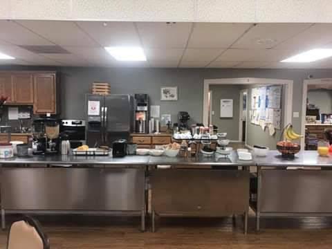 Golden Hub Community Center | meal delivery | 1009 N Lincoln St, Fredericksburg, TX 78624, USA | 8309977131 OR +1 830-997-7131