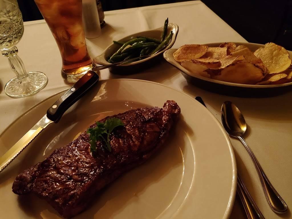 Charcoal Oven Restaurant | restaurant | 4400 Golf Rd, Skokie, IL 60076, USA | 8476758062 OR +1 847-675-8062