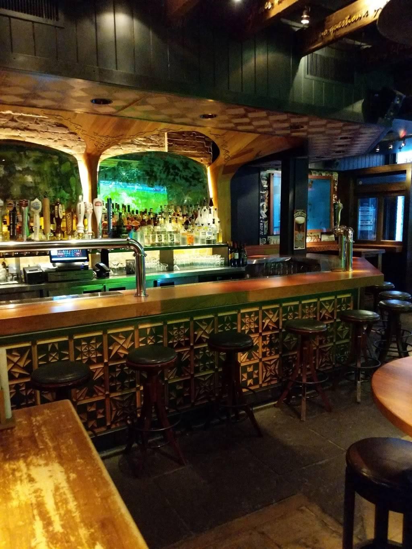 Stone Street Tavern | restaurant | 52 Stone St, New York, NY 10004, USA | 2127855658 OR +1 212-785-5658