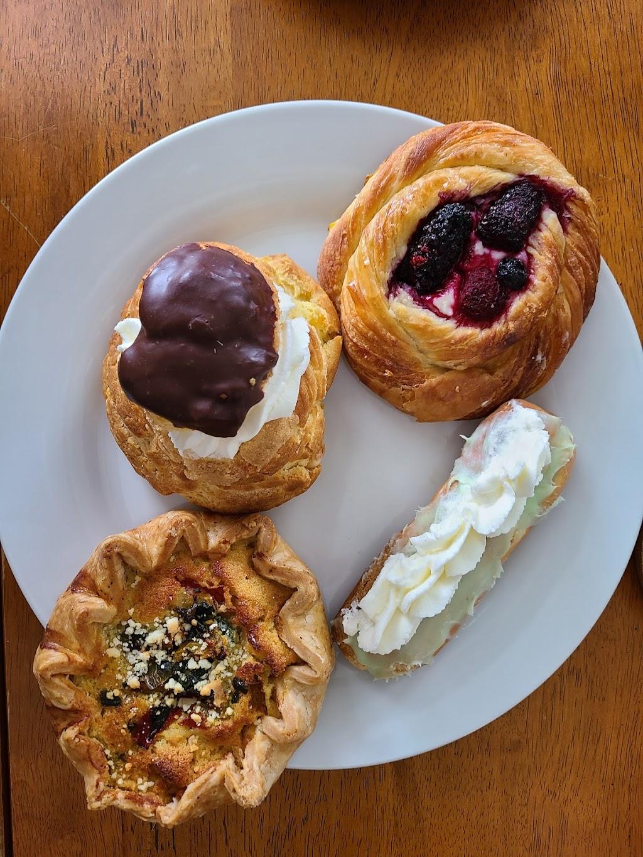 Mon Petit Choux | restaurant | 24A W Court St, Cincinnati, OH 45202, USA | 5136318333 OR +1 513-631-8333