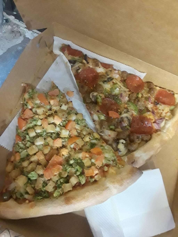 Tony Pizza Shop | restaurant | 1014 Longwood Ave, Bronx, NY 10459, USA | 7185420586 OR +1 718-542-0586
