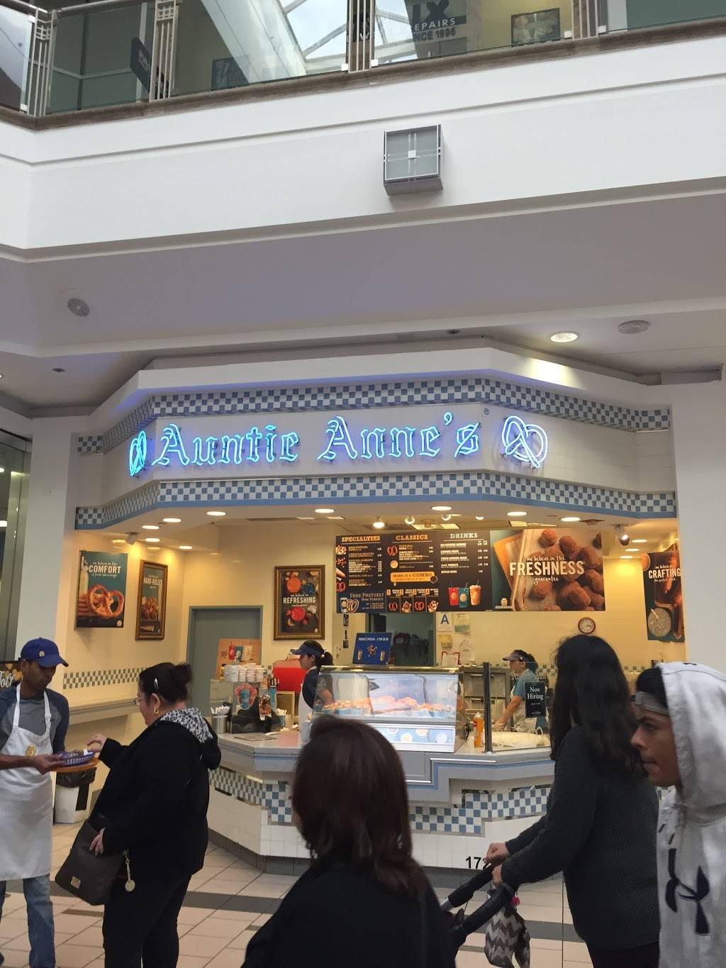 Auntie Annes   cafe   172 Plaza Dr, West Covina, CA 91790, USA   6268133670 OR +1 626-813-3670