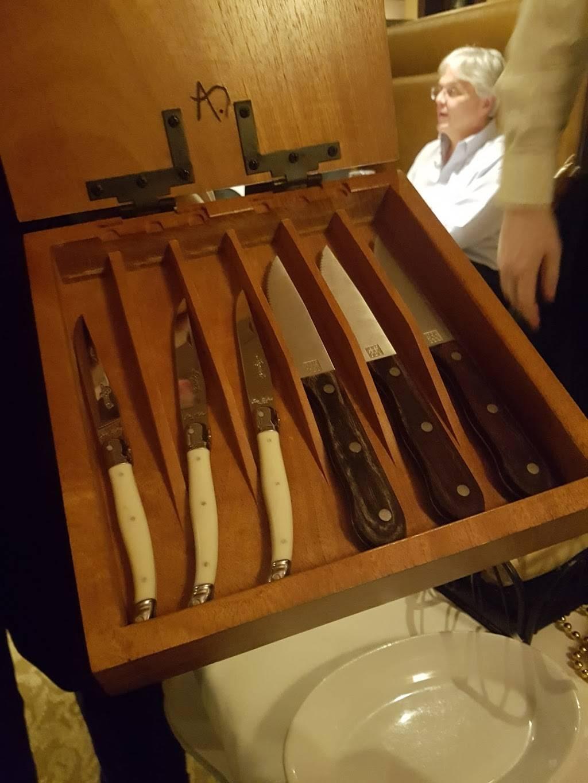 Ruths Chris Steak House | restaurant | 2513 Berlin Turnpike, Newington, CT 06111, USA | 8606662202 OR +1 860-666-2202