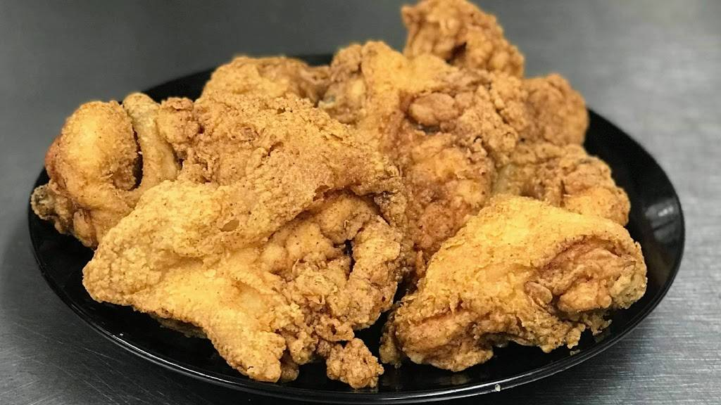 DoughJs Chicken and Donuts | restaurant | 720 S Broad St, Brooksville, FL 34601, USA | 3528483002 OR +1 352-848-3002