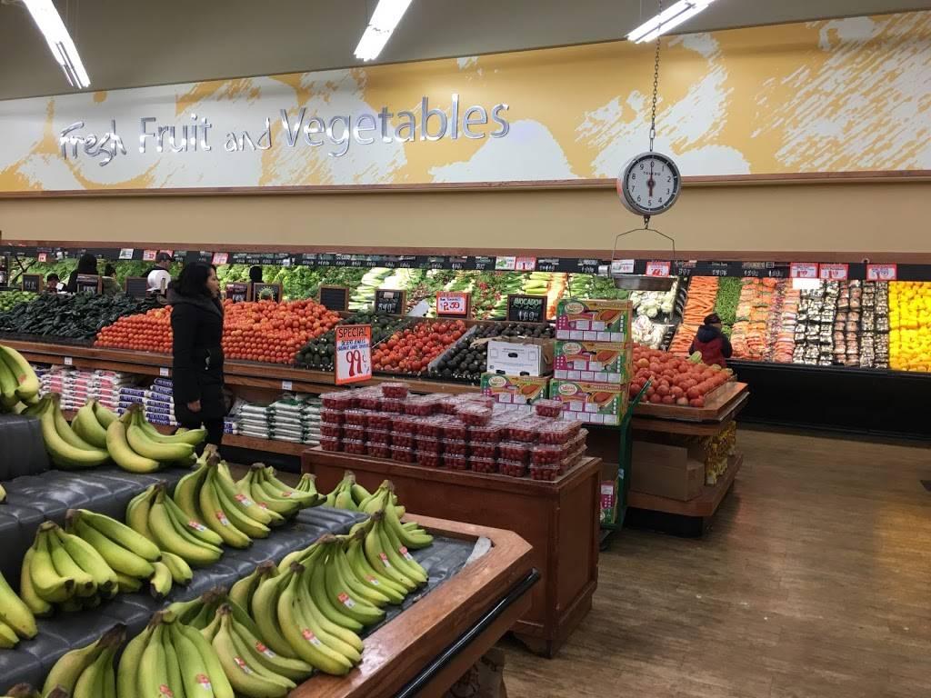 Villa Park Fruit Market | bakery | 302 W N Ave, Villa Park, IL 60181, USA | 6306175252 OR +1 630-617-5252