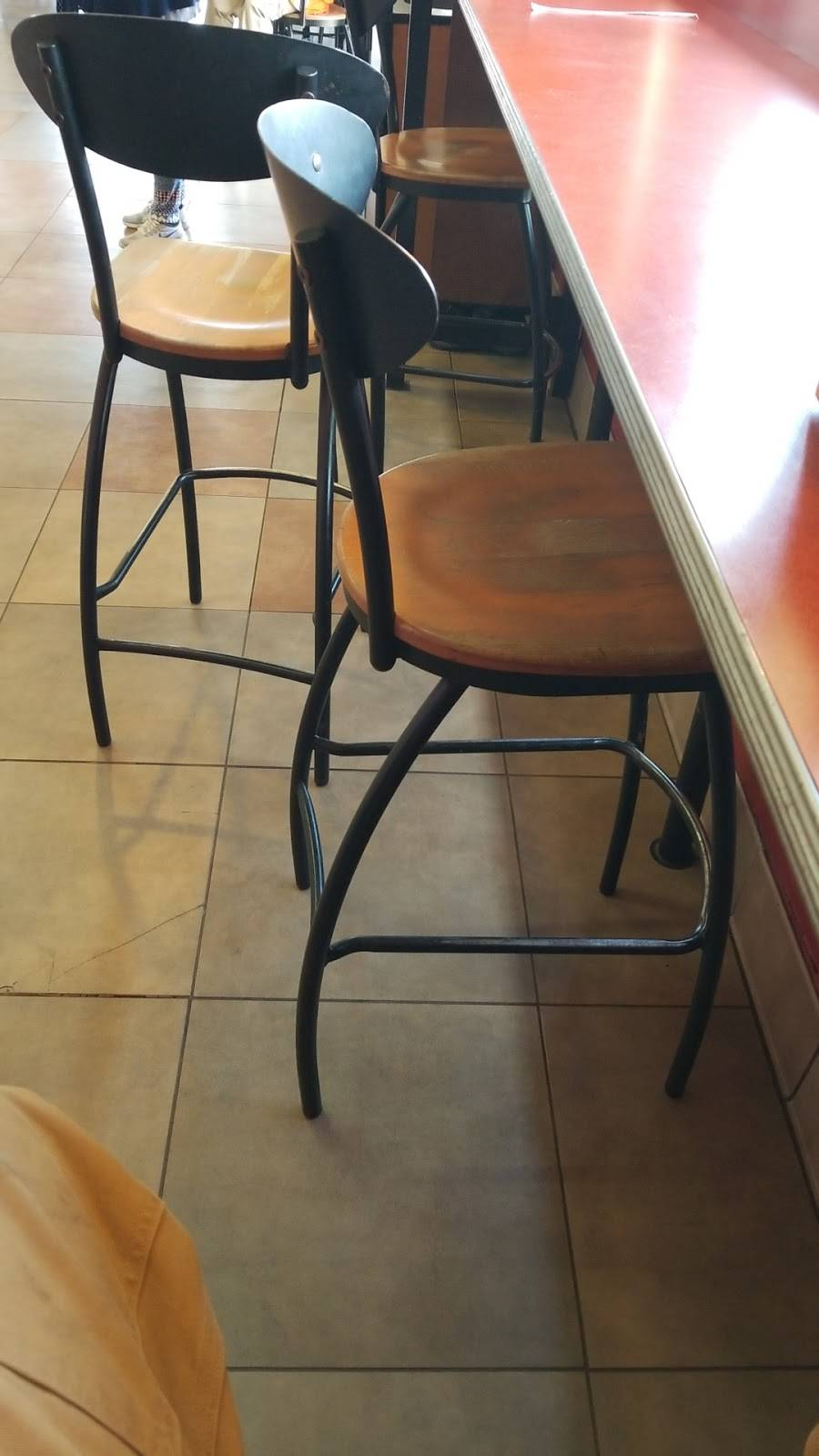 Jack in the Box | restaurant | 1720 W, CA-1, Long Beach, CA 90810, USA | 5624366850 OR +1 562-436-6850