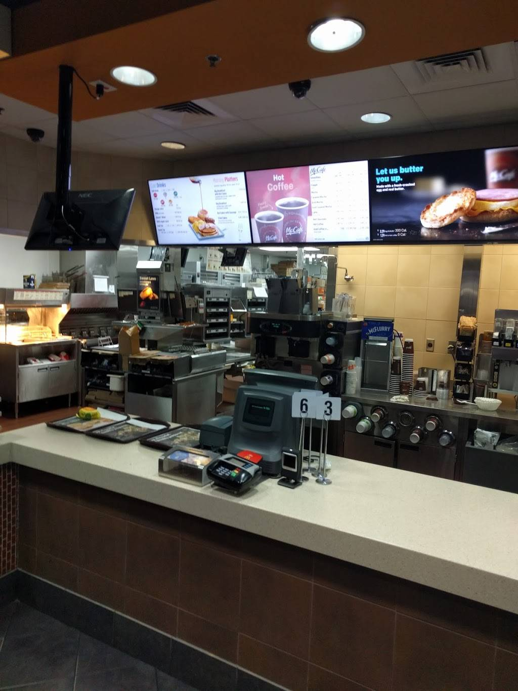 McDonalds | cafe | 1151 S Clearview Pkwy, Jefferson, LA 70121, USA | 5047331421 OR +1 504-733-1421