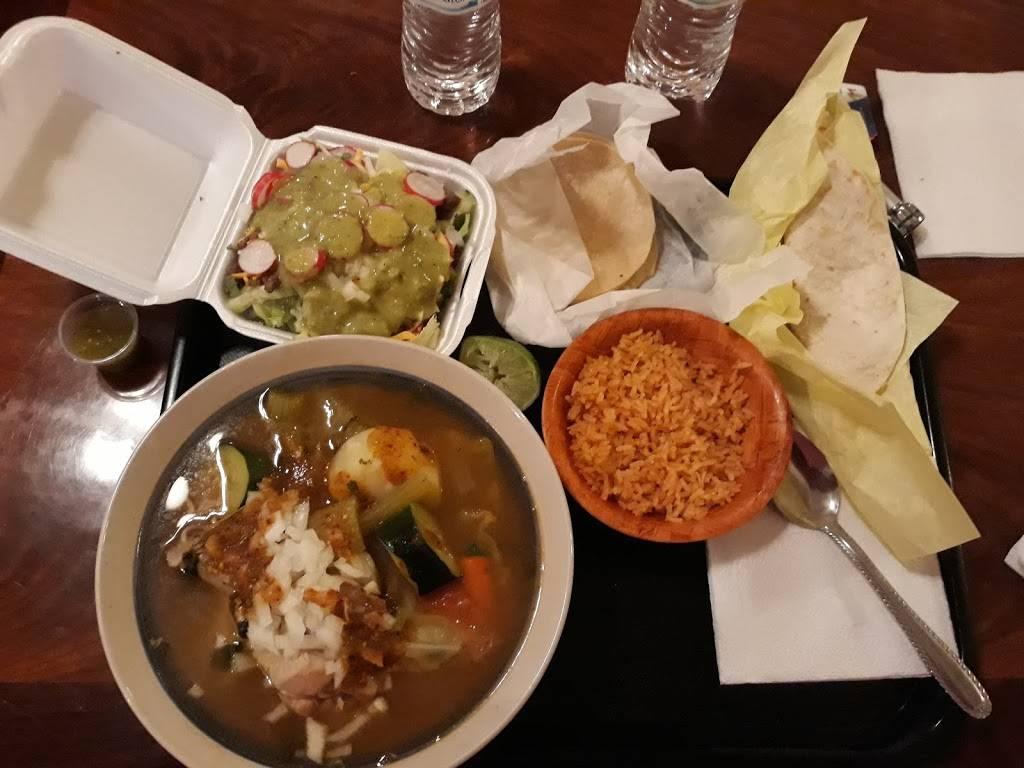 El Tarasco Bravo | restaurant | 1645 Center Ave, Dos Palos, CA 93620, USA | 2093645168 OR +1 209-364-5168