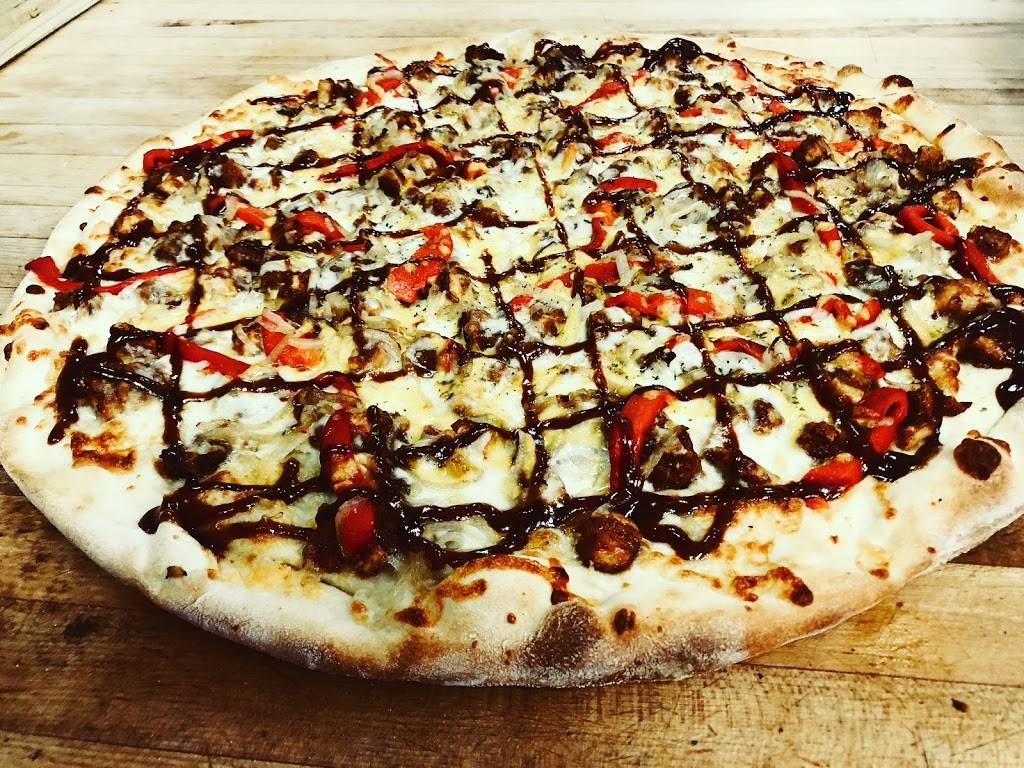 Hot Grill & Pizza   restaurant   59 New Haven Rd, Seymour, CT 06483, USA   2038812444 OR +1 203-881-2444